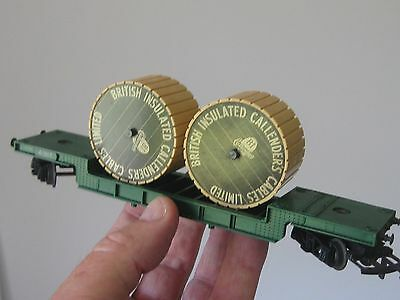 Triang R118 Bogie Well Wagon with Cable Drums. No Box. Exquisite Condition.