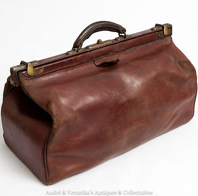 Antique GLADSTONE BAG Brown Leather w. Brass Fittings Holdall Doctor's Patinated