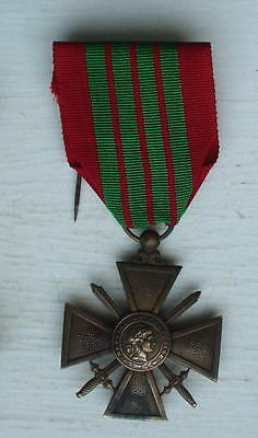 CROIX DE GUERRE, WW2, dated 1939, FRENCH, BRONZE, VG cond