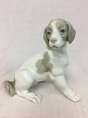 Lladro Nao Porcelain Beagle Dog Figurine Unboxed (312F)