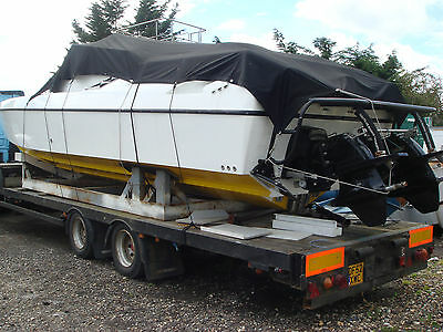 Cougar 41 Power boat with twin FPT 560HP Diesel Engines Mk 6 Mercruiser drives