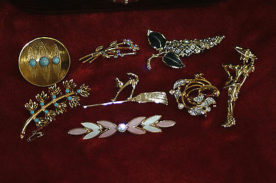 8 beautiful costume jewelry brooches vintage