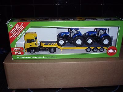 SCANIA TRUCK with LOWLOADER 1.50 SCALE & 2 NEW HOLLAND TRACTORS
