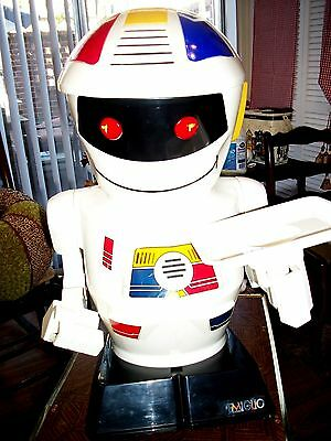 VINTAGE EMIGLIO 80's ROBOT WITH VOICE CHANGE REMOTE AND TRAY