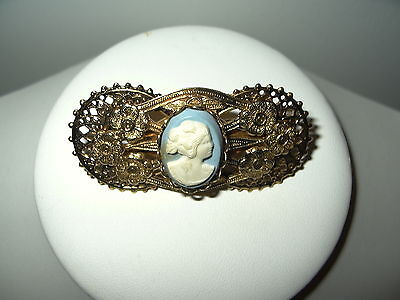 Vintage Victorian Style Goldtone Blue & White Celluloid Resin Cameo Scarf Clip