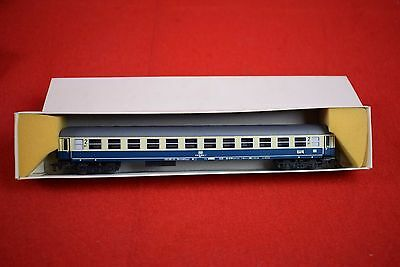 G Kruger TT scale 1:120 suburban  coach passenger car - RARE - blue and yellow