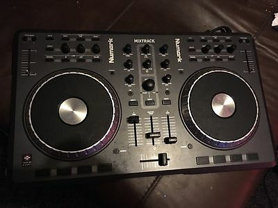Numark Mixtrack DJ Software Controller W/ USB Connection