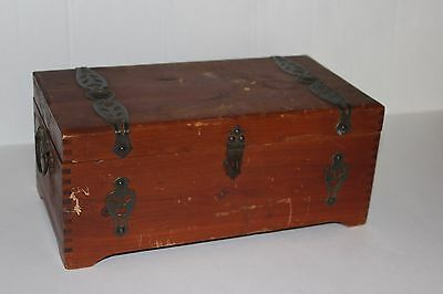 Vintage Antique Wooden Wood Box Dovetailed Needs Work