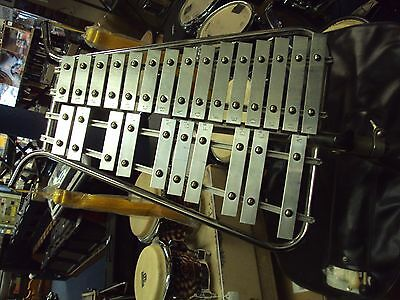 Glockenspiel 2 Octave Vintage 1950S With Stand And Bag