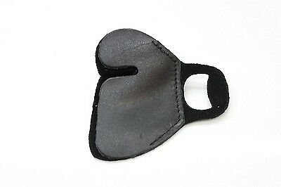 SAS Archery Suede and Leather Finger Tab - Right Hand