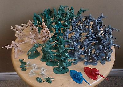 Vintage LOT 79 Plastic Army Infantry Toy SOLDIERS Inc 9 MINIATURES 1 Blue 1 Red
