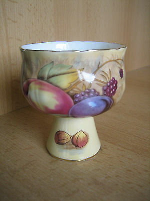 Beautiful Aynsley Orchard Gold Goblet