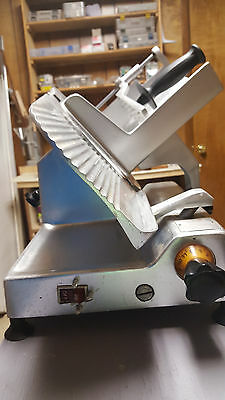 Hobart 610 Commercial Deli Meat Cheese Slicer Works great