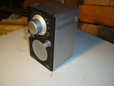 RADIO DE TABLE TIVOLI AUDIO PAL Henry Kloss TUNER AM / FM ANALOGIQUE Noir/Argent