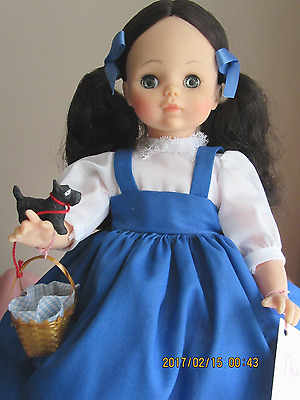 """Madame Alexander DOROTHY (Wizard of Oz), 14"""" Tall  #1532, Brand NEW in Box"""