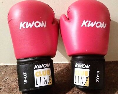 Used Pair Kwon 14 oz. Training / Boxing / Muy Thai / MMA Gloves in Black