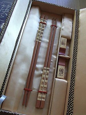 Lovely Vintage Set Of Chinese Bamboo Chopsticks & Brackets Boxed And Unused