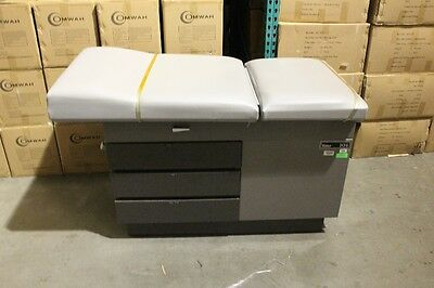 Ritter 104 Medical Exam Patient  Table / Bed / Chair - NICE EXAM UNITS