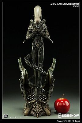 Sideshow Aliens 200464 Statue Internecivus Raptus 1979 H.R. Giger In Stock Now.