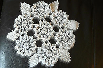 Vintage Transilvanian doily made from bobbin cotton, new