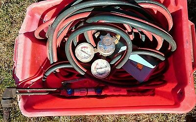 Welding torch gun,  gauges and pipes