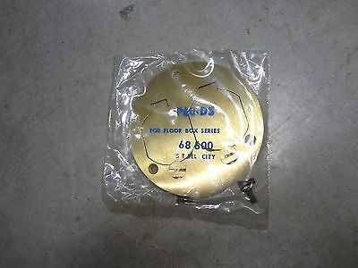Thomas Betts Steel City P60-Ds 68600 Brass Floor Box Round Duplex Outlet Cover