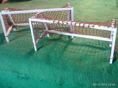Subbuteo Accessories - Goals with brown nets