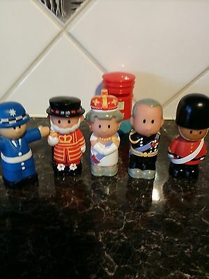 ELC Happyland Figures - Royal family plus more X 5+Postbox - VGC - see pictures