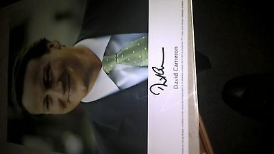 David Cameron 8 1/4 In X 5 3/4 In Autographed Colour Photograph With Coa Superb