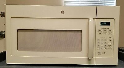 Ge Over-The-Range Microwave 1.6 Cu Ft. 1000W Model Jvm3160Df2Cc