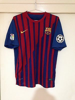 Barcelona Men's Football Jersey Messi No. 10 Size L Good Condition