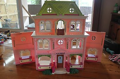 Fisher Price Loving Family dolls house, furniture and dolls