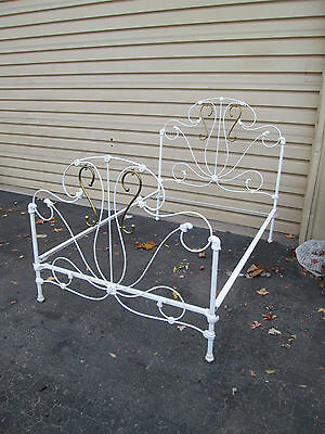 57675 Antique Brass and Iron Full size Bed