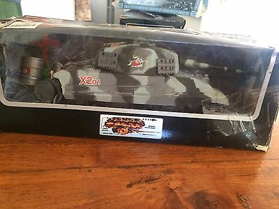 KING TIGER  BATTERY OPERATED TANK With ACCESSORIES