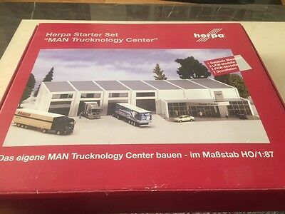 Herpa 150583 - MAN Trucknology Centre - RARE
