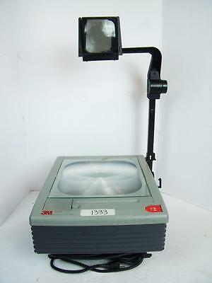 3M 9100 Portable Overhead Transparency Projector with Bulb Excellent Condition