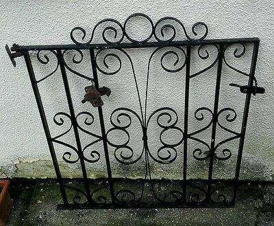 Wrought Iron Gate - Black Metal / Single with hinges and latch