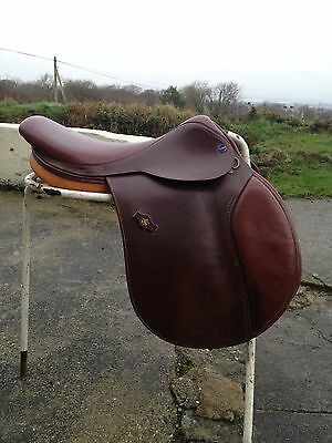"171/2"" Brown English Leather Jumping Saddle med fit D-D 8 1/2"" by Dever saddlery"