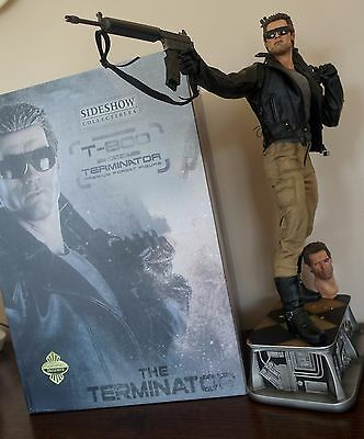 THE TERMINATOR T-800 Premium Format Figure EXCLUSIVE - Sideshow LIKE NEW, MINT !