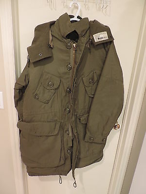 Canadian Forces Army Winter Parka Jacket Long Medium Size 8  Green