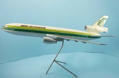 AIR AFRIQUE Airlines DC-10 TU-TEL 1:100 Made in France plastic airplane model