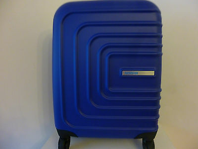American Tourister Sunset Square 4-Wheel Hard Shell Blue Medium Suitcase 55/20CM