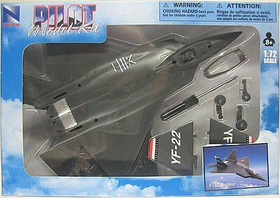 NEWRAY PILOT MODEL KIT LOCKHEED MARTIN F-22 RAPTOR 1:72 Scale