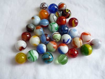 Nice Lot of Mixed Vintage Collectiable Marbles and Bag