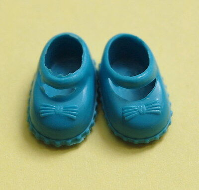 A set of 60 Pairs Shoes For Kelly Doll - Blue
