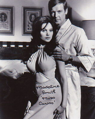 MADELINE SMITH ~ JAMES BOND - VAMPIRE LOVERS ~ #2 ~ SIGNED 10x8 PHOTO COA