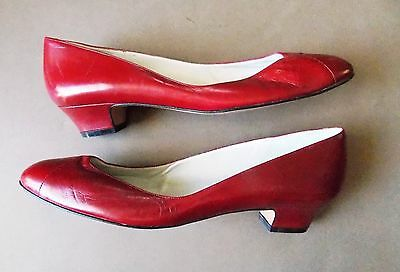 "NEW Size 8.5AAAA Vintage 1990s Amalfi Red Leather Women's Shoes- 1"" Heel"
