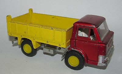 Dinky Toys Ford D 800 Tipper Truck