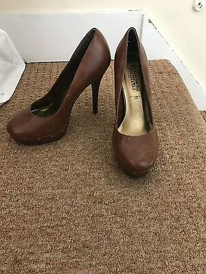 brown leather size 5 shoes
