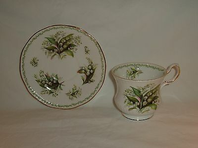 Queens Rosina Fine Bone China England May Lily Of The Valley Teacup & Saucer